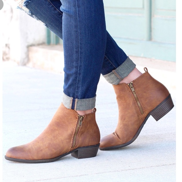 afe0fe8d49970 Madden Girl Shoes - Madden Girl Brown Ankle Booties Size 8